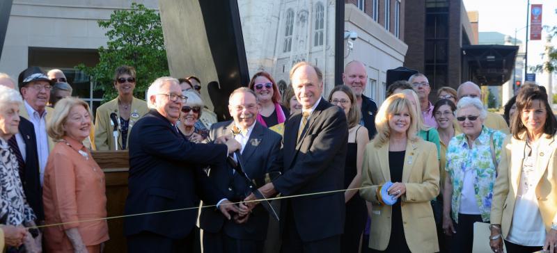 MU Chancellor R. Bowen Loftin, Columbia Mayor Bob McDavid and Boone County Presiding Commissioner celebrate the 175th anniversary of the partnership between the three groups.