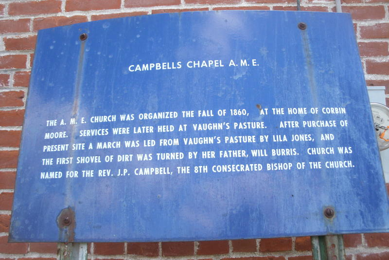 An interpretive marker outside the chapel explains some of the Glasgow congregation's history.