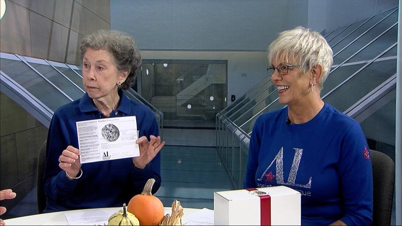 Sue Hoevelman and Karen Wilms