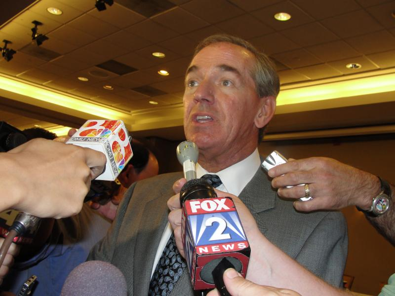 E-mails obtained by the Columbia Daily Tribune say former UM System President Gary Forsee was against Mizzou's SEC move.