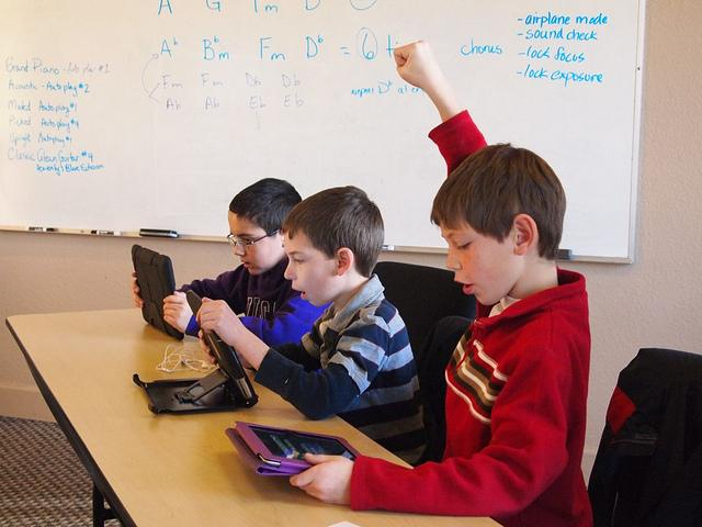 A growing number of schools across the country are introducing tablet technology into the classroom.