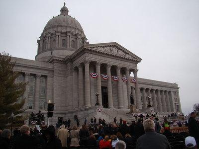 Workers are beginning improvements on the Missouri Capitol building and other nearby government facilities.