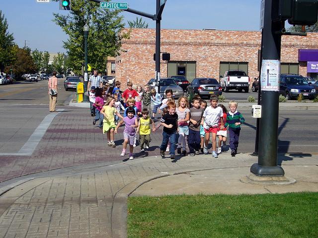 School children on Capitol Boulevard