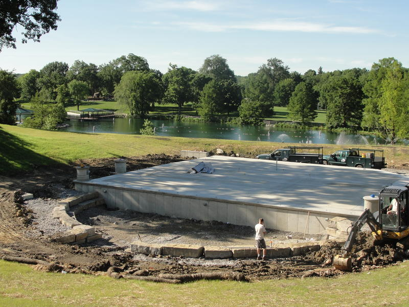 Construction of Stephens Lake Ampitheater