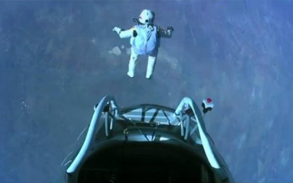 Felix Baumgartner jumps