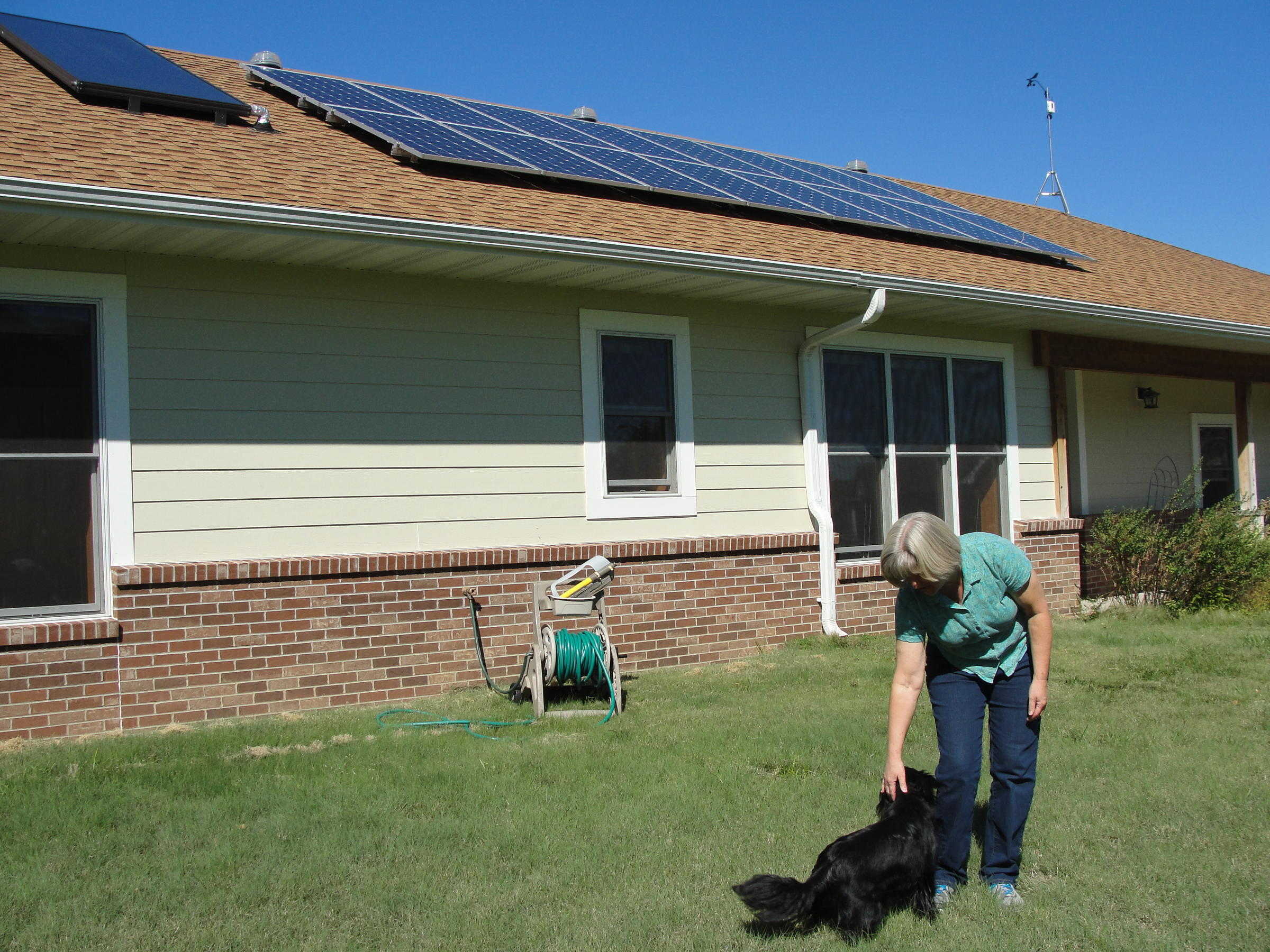 couple tries to stay energy efficient in fulton kbia