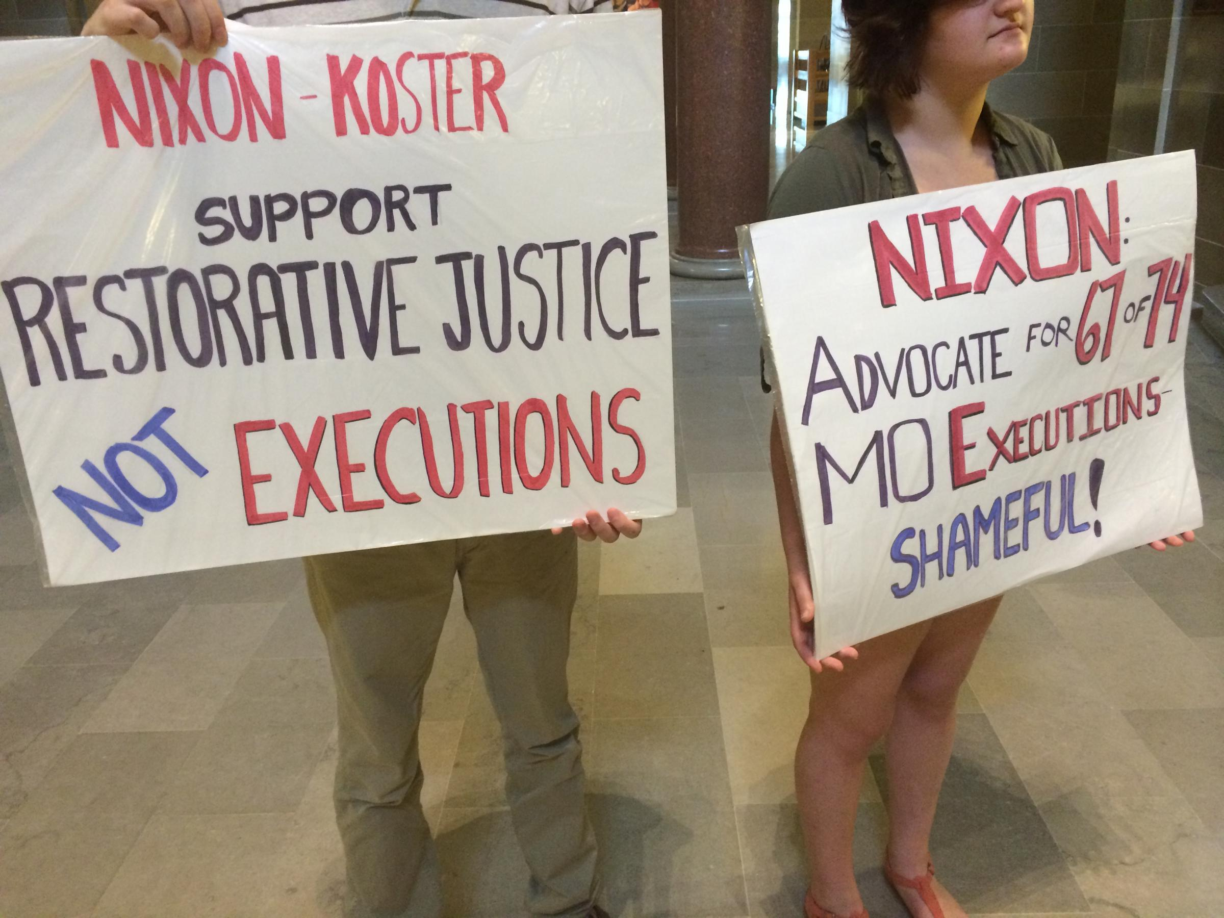 Mid-Missouri group uses Grim Reaper to protest the death ...