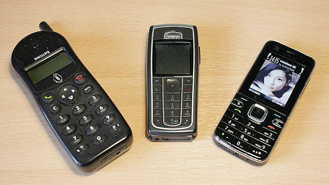FBI alerted to suspicious cell phone buys in Missouri