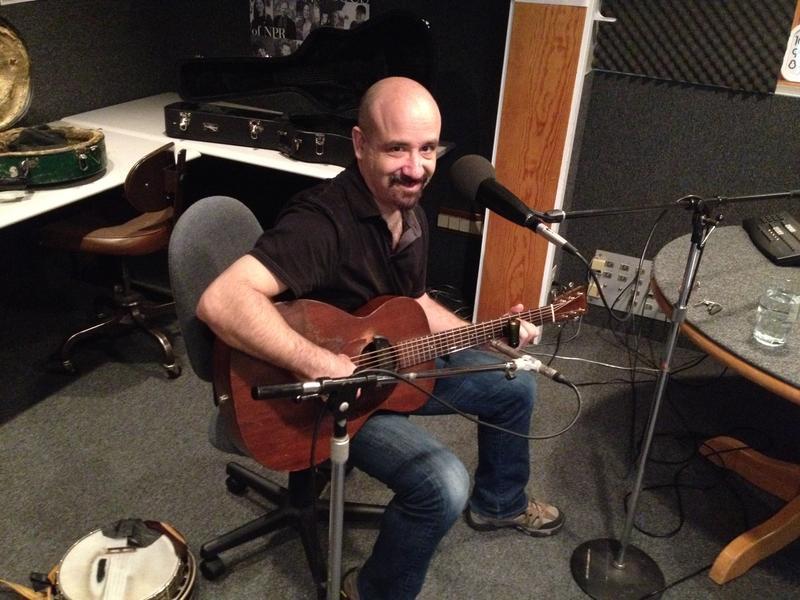 Tony Furtado playing live in the KCBX studio