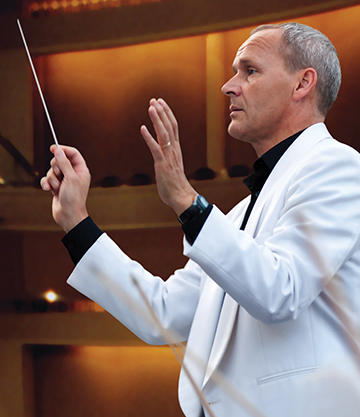 Conductor Andrew Sewell