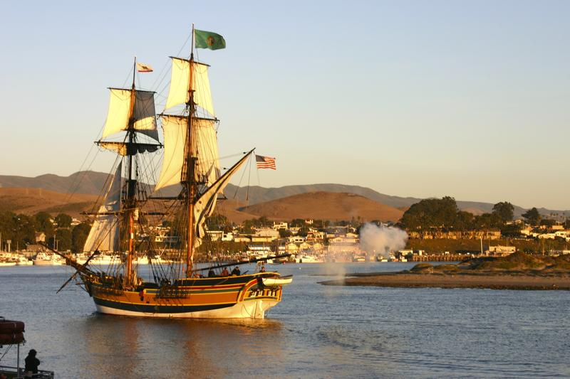 Tall Ship Lady Washington enters Morro Bay Harbor