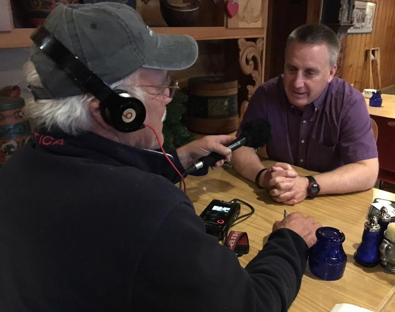 Lars Johnson visits with Correspondent Tom Wilmer