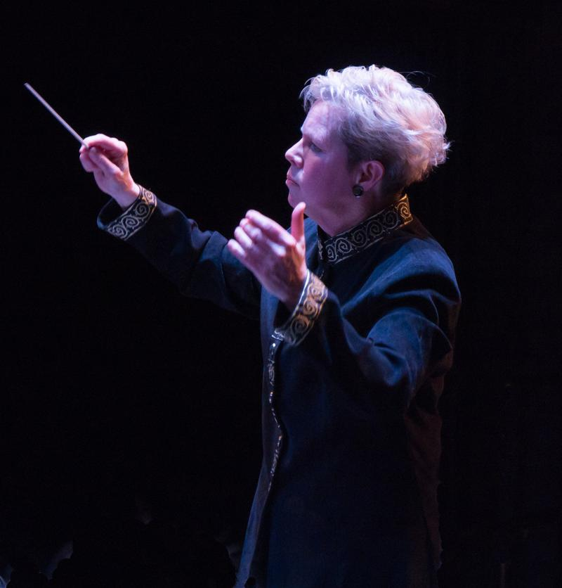 Conductor Nan Washburn