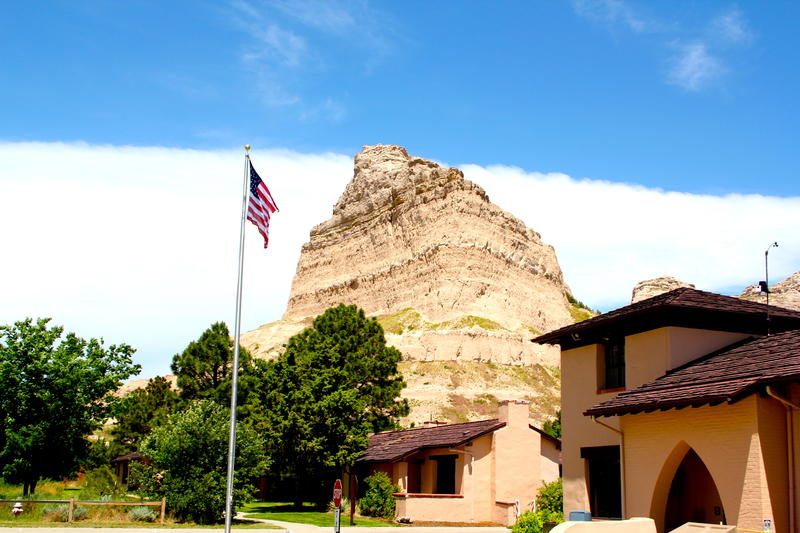 Scotts Bluff interpretive center and Park Ranger headquarters