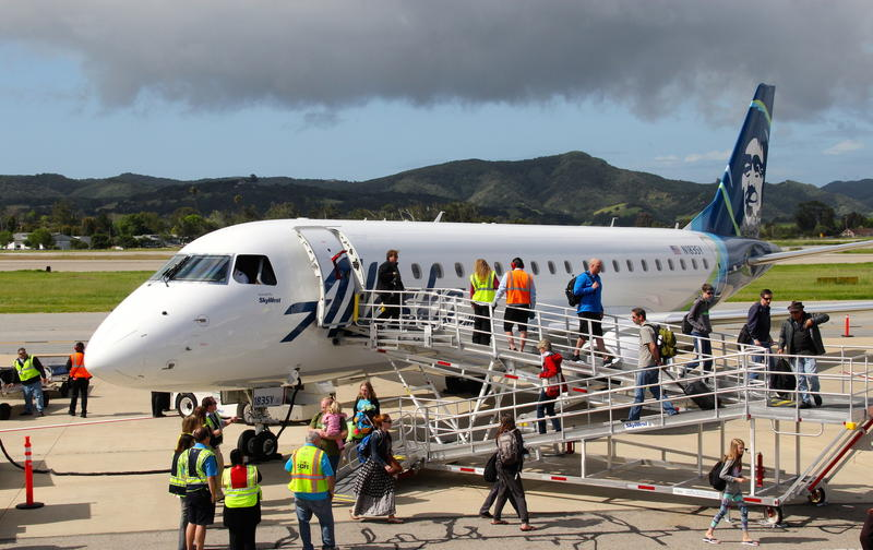 Alaska Airlines maiden flight arrives at San Luis Obispo, California April 13th, 2017