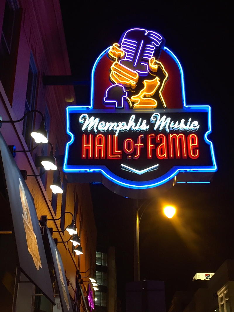 Memphis Music Hall of Fames shines in the night
