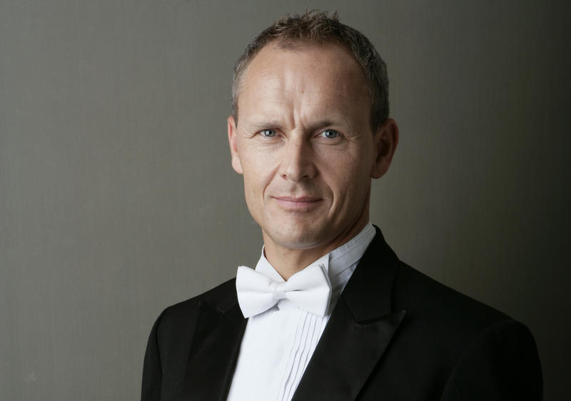 Andrew Sewell  is currently the music director of the Wisconsin Chamber Orchestra in Madison.
