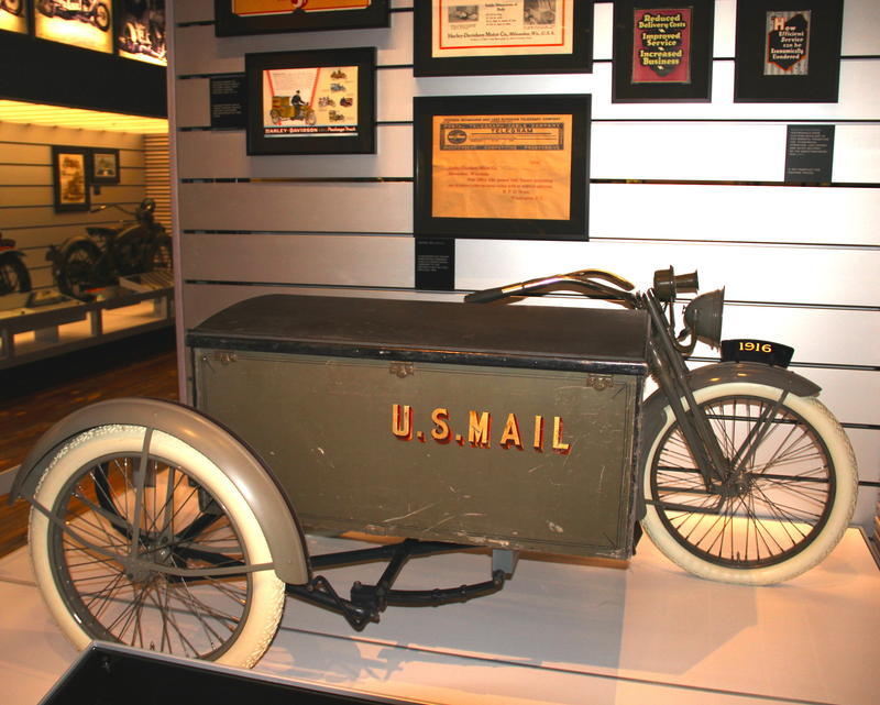 1916 U.S. Mail deivery Harley-Davidson motorcycle
