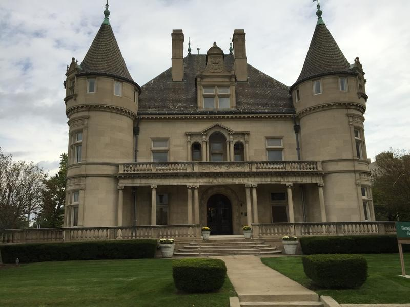 Detroit's mansions--a legacy of industrial past