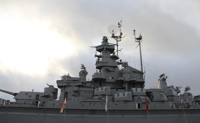 USS Alabama appears ready for a fight in Mobile, Alabama