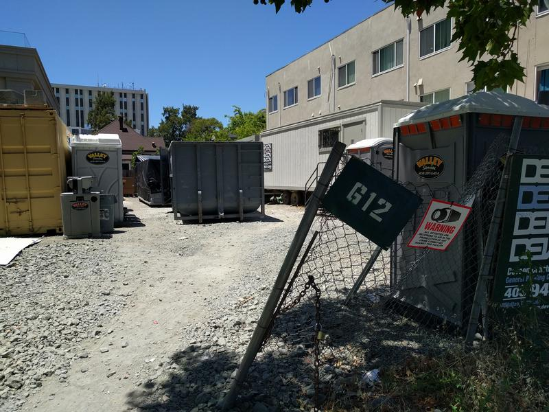 Habitat for Humanity received city approval to build a six-story affordable housing project on this vacant lot more than a year ago. The project is stalled due to a CEQA lawsuit.