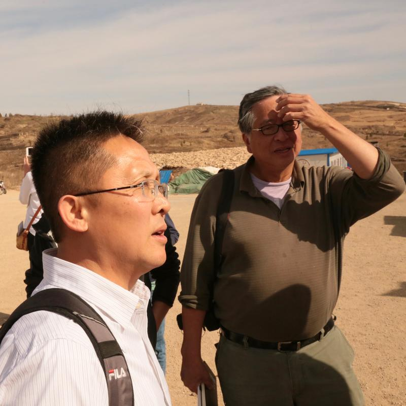 Shaanxi tour guide Paul Su (left) with David Lang.