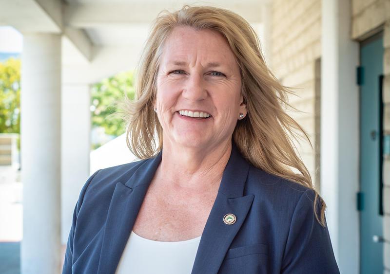 Dr. Jill Stearns
