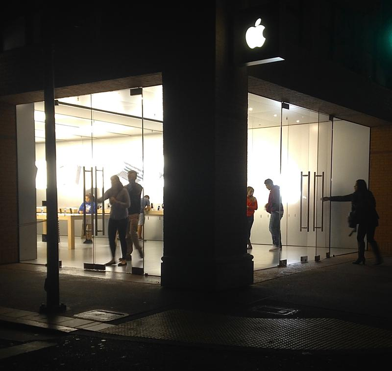 Shown here, a typical night at the Apple store in downtown San Luis Obispo. It was robbed during daylight hours in  June.