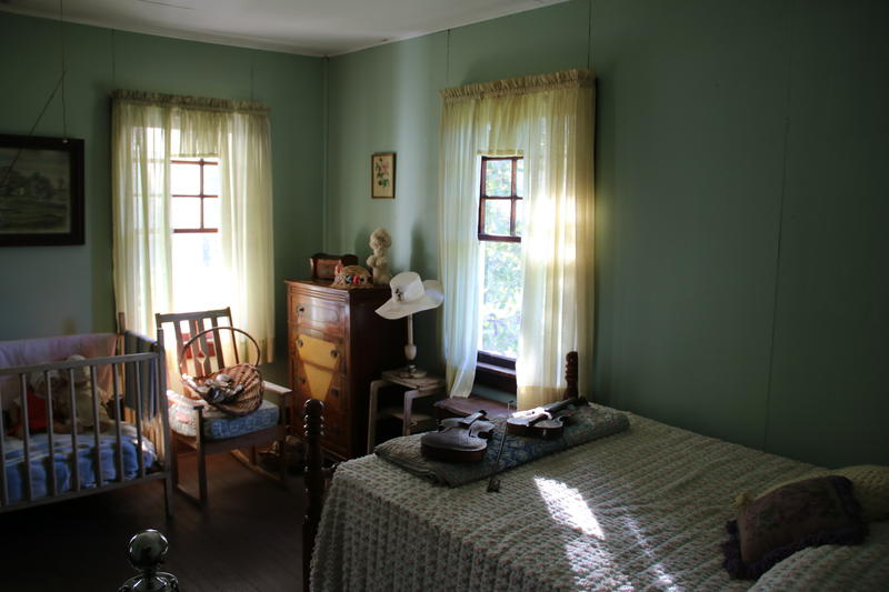 A bedroom in Sergeant Alvin York's home.