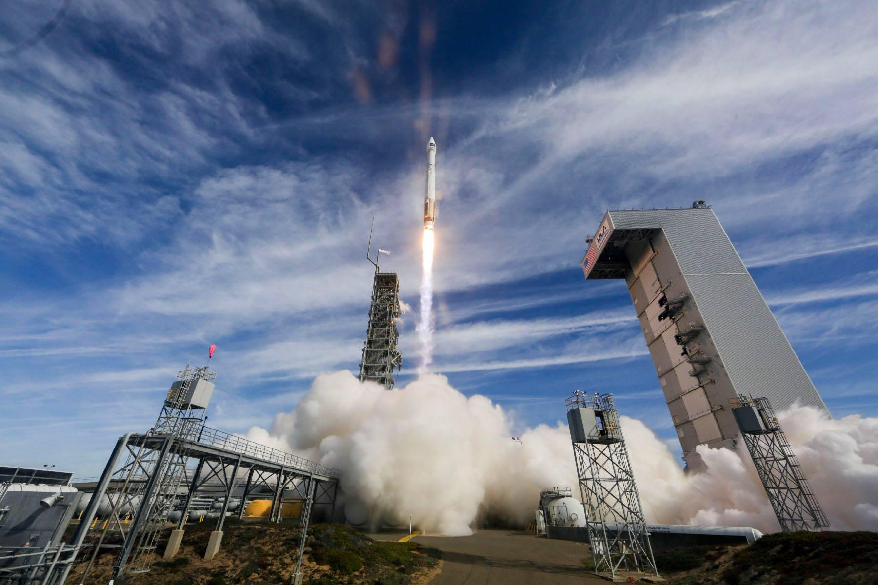 rocket launches successfully from vandenberg air force base