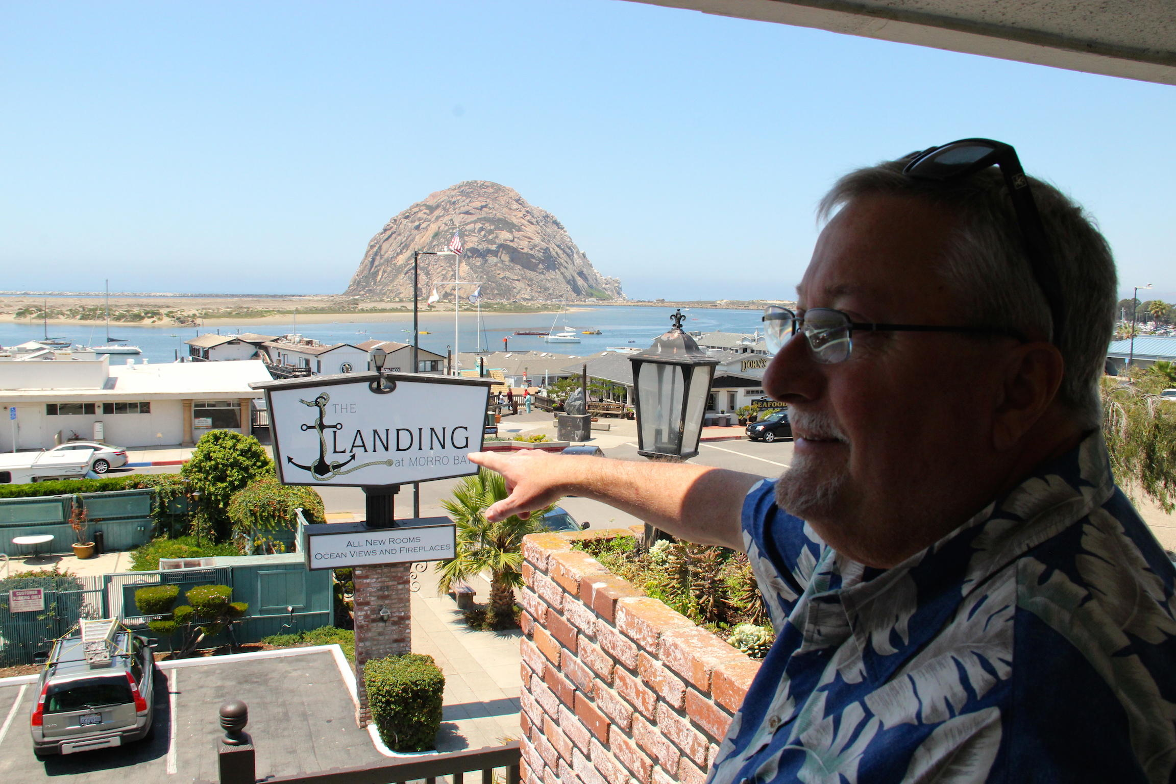 Ken Clark Manager At The Newly Renovated Landing In Morro Bay Proves That You Do Not Have To Stay A Waterfront Hotel Capture An Awesome View Of