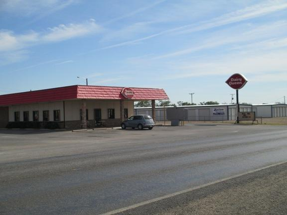Exterior of the Archer City Dairy Queen.