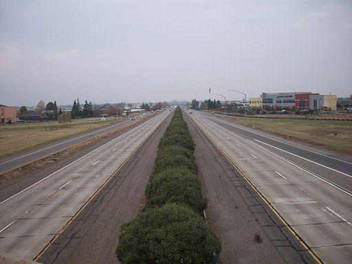 State Highway 99 in Chico, California, as viewed facing north from the bridge where East Park Avenue becomes Skyway.