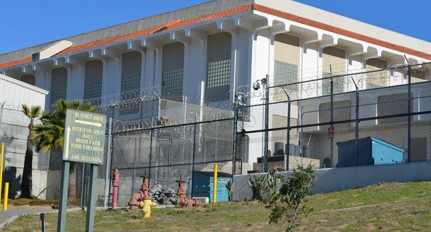 Inmates released late at night from the Santa Barbara County jail will be able to use a free taxi service to get to a shafe shelter for the night
