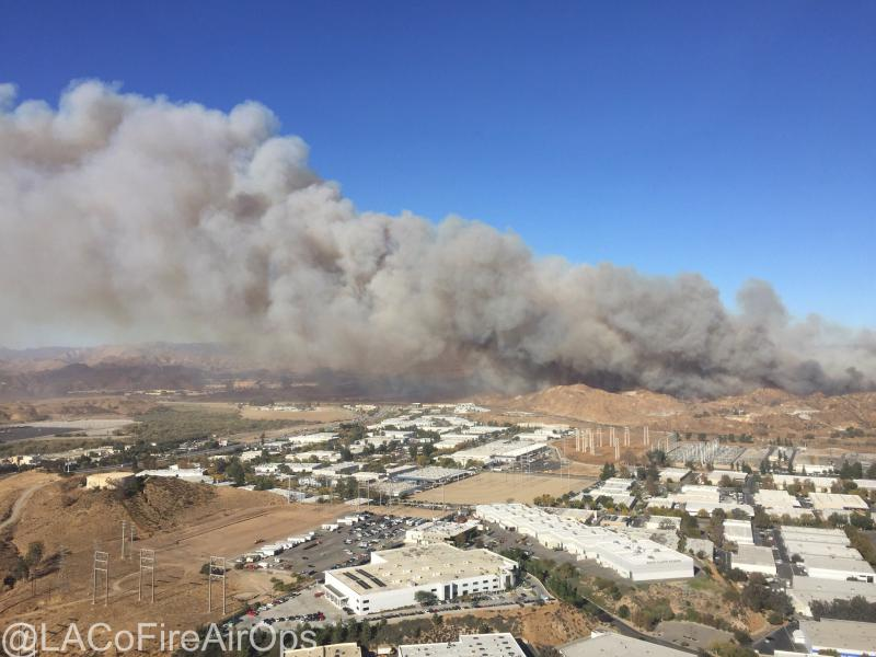 Several LA County Fire helicopters assist with the #RyeFire near Santa Clarita