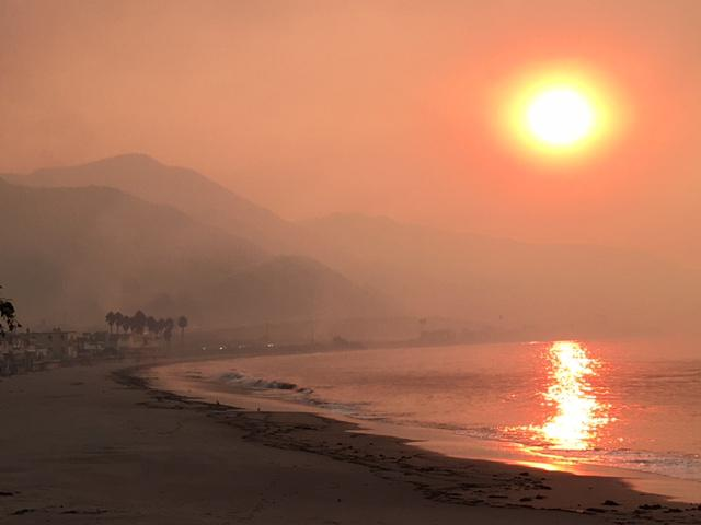 Smoke from the Thomas Fire along the coast west of Ventura December 6th