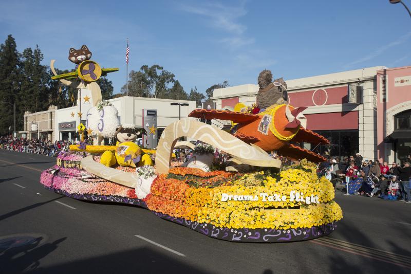 The 2018 Cal Poly San Luis Obispo/Cal Poly Pomona Rose Parade float