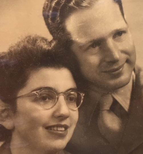 Lee Ewards and her husband, Jimmy shortly after they were married in the late 1940's