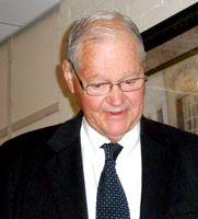 Former Missouri Congressman Ike Skelton died this week.  He was 81.