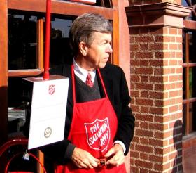 Missouri Senator Roy Blunt lent a hand for charity while most questions posed to him were about gun violence.