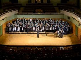 Singers from Canada, Ireland and Kansas City rehearsed and performed together at the World Choral Fest in Dublin.