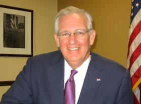Missouri Gov. Jay Nixon warns of crime consequences held in vetoed sex offender registry bill.