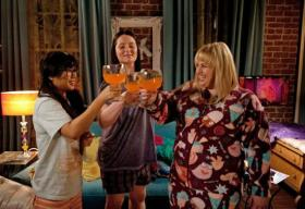 TV critic Sarah Smith recommends new show Super Fun Night this fall.
