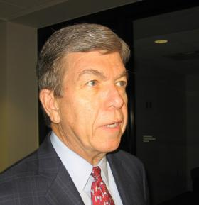 Missouri Senator Roy Blunt before Greater Kansas City Area Chamber of Commerce.