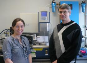 Ph.D student Tricia Sprouse and Stevin Gehrke study insect structures using dynamic mechanical analysis.