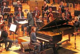 Ben Folds performed and answered questions at a matinee performance on Wednesday, conducted by the Symphony's associate conductor Aram Demirjian.