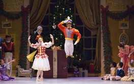 Matthew Powell and Breanne Starke as the Mechanical Dolls in Todd Bolender's <I>The Nutcracker</I>.