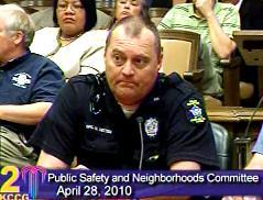 Overland Park  Police Officer Mike Betten before Kansas City Council  Committee.(click to enlarge)