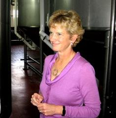 U.S.  Senate  candidate Robin Carnahan tours Kansas City's Boulevard Brewery on  business analysis sortie.