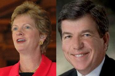 Robin Carnahan, left, and Roy Blunt